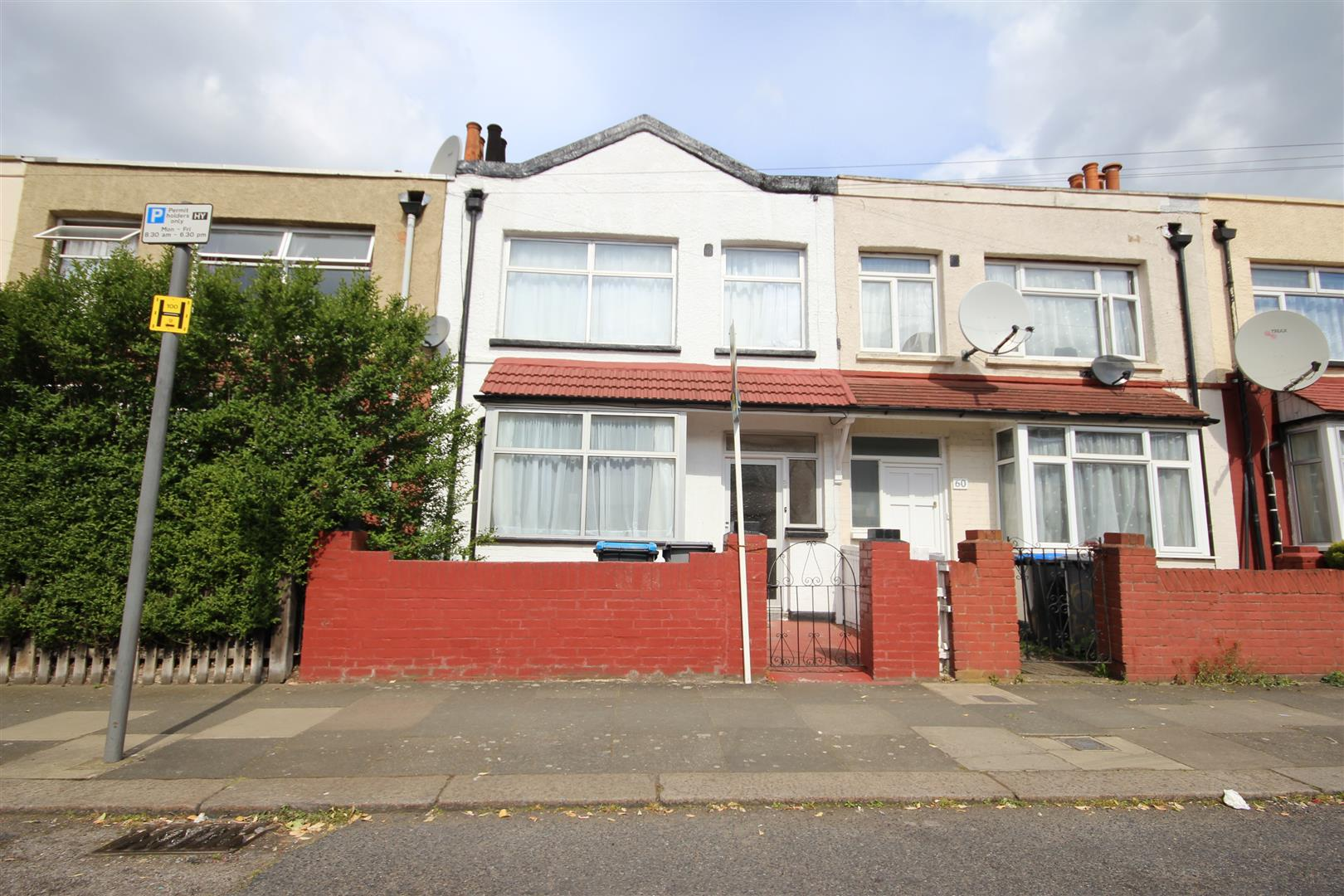 House for sale in Yewfield Road, London